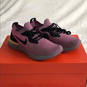 Nike Epic React Flyknit Plum Dust Black Pink Grey